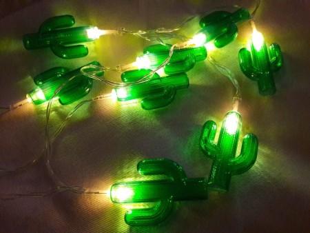 Guirnaldas luces led cactus